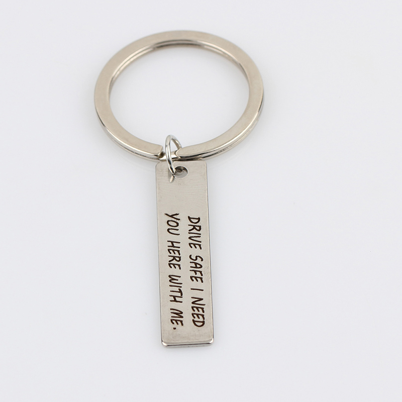 DRIVE-SAFE-I-NEED-YOU-HERE-WITH-ME-Key-Ring-Creative-Letter-Keychain-Car-Key-Chains (3)