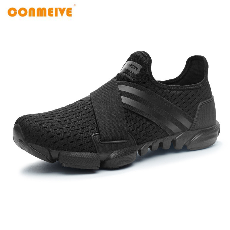 2018 Limited Hard Court Wide c d w Running Shoes Men Breathable Sneakers Slip on Free