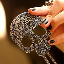 N149  New hot Design 2017 Human skeleton Necklace fashion vintage Necklace Wholesale necklaces for girl Current trend product
