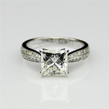 Princess Cut 2.2CT Test Positive Moissanites 4-Prong Accents Ring 9k White Gold Engagement Rings Fine Jewelry Moissanites Ring