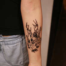 1PCS 2016 Deer head with black and white flower arms Tattoo 3D Waterproof Temporary Tattoo Stickers arm Body Art