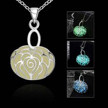 2016 Romantic Silver Plated Luminous Necklace Fluorescent Stone Rose Heart Hollow Locket Cage @ KQS