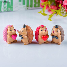 4Pcs/set Cute Hedgehog Moss Micro Landscape Resin Craft Creative Ornament Fairy Garden Miniature Terrarium Figurine Decoration