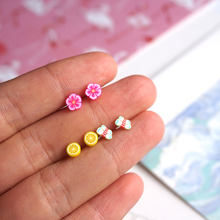 Small Butterfly Earrings for Women Girl Fashion Summer Style Cheap Stud Earring with Orange Flower Pattern Kids Jewelry Gift P20