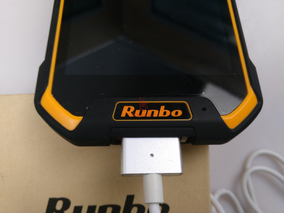 Runbo F1 Cable (3)