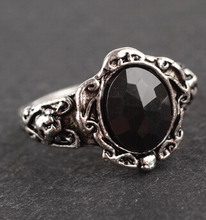 JZ164 Korean-style super-retro personality carved mirror imitation black gem ring influx of people