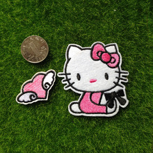 2pcs Hello Kitty parches Iron On Patch For Clothing Kids Baby Jeans Jacket Patches Embroidered Motif Badge Appliqued Patchwork