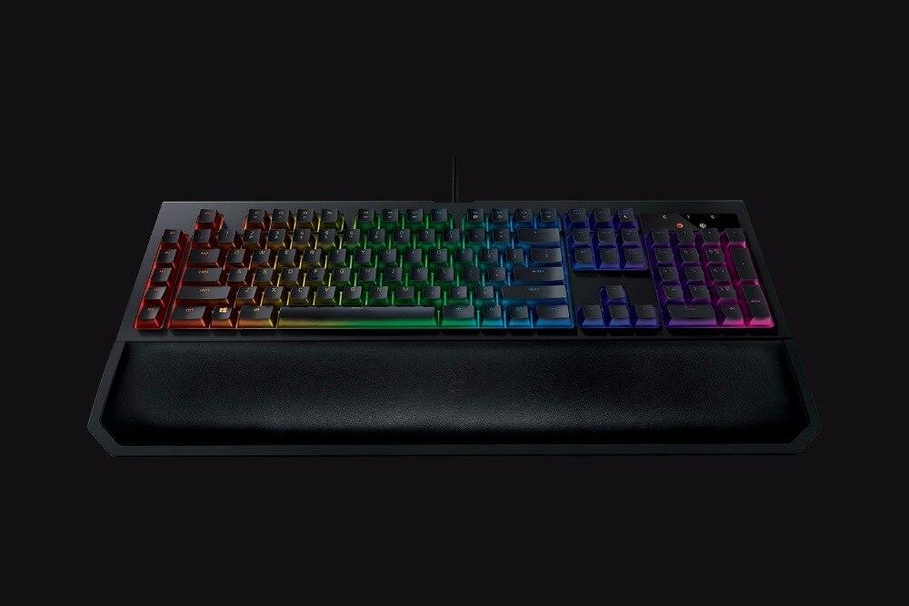 Razer-Blackwidow-Chroma-V2-Mechanical-Switches-Keyboard-for-Gaming