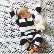 2017 new style baby clothing baby boy clothes cute stripe Long sleeve baby Romper climbing newborn clothes infant clothing set