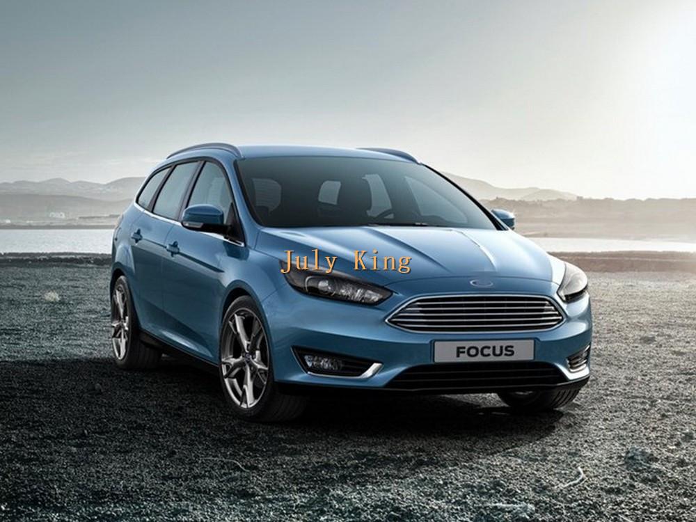 Ford-Focus_Wagon_2015