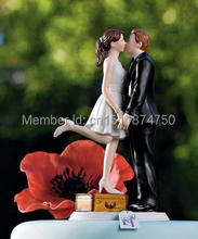 Romantic Kissing Couple Figurine wedding cake topper Free Shipping