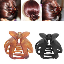 Women Octopus Claw Hair Clip Hairpin Accessory Heart Shape Handle Curved Design