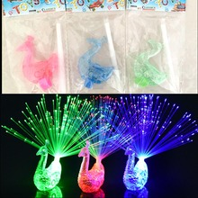 1pcs Peacock Finger Light Colorful LED Light-up Rings Party Gadgets Kids Intelligent Toy for Party Gift - Color Random