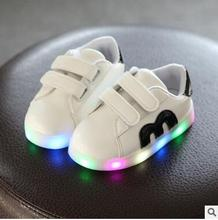 Casual Luminous Shoes Led kids Fashion Schoenen Met Licht stars Shoes USB Hombre Light Up Chaussure Lumineuse D03