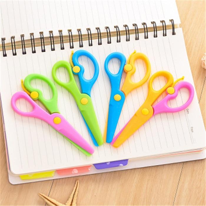 Scissors Cutting Supplies New 1 Pcs 135mm Mini Safety Round Head Plastic Scissors Student Kids Paper Cutting Minions Supplies For Kindergarten School