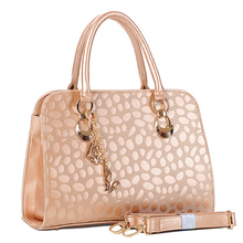 Famous Brand Classical Women Handbags Beading Bags Middle-aged Female Bag Bag Fashion Mom Inclined Shoulder Bag Handbag Beading