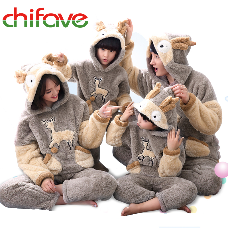 2017 chifave Family Winter Pajamas Sets Mother Father Son Daughter Warm Fashion New Family Matching Outfit Christmas Costume<br>