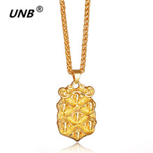 UNB Fashion Big Shield Pendant & Necklace Queen Badge Vintage Gold/Silver Color Long Chain Necklaces For Men/Women Jewelry Gifts(China)
