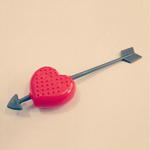 2015 Cute New Love Heart Tea Infuser Plastic Arrow Herb Leaf Filter Tea Strainer Stirrer Teabag Sweet Valentine Gift Tea Tools