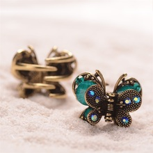 Retro Butterfly Hair Clip Small Rhinestone Hair Claw Antique Metal Hair Clip For Women Hair Jewelry(China)
