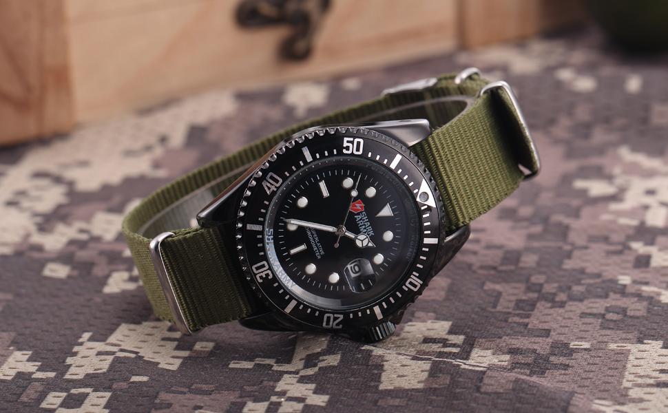 กองทัพฉลามสร้างสรรค์นาฬิกากองทัพสี 19