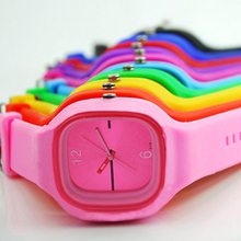 2015 hot 11 Colors Colorful Mens Womens watches Unisex Jelly Silicone Fashion Sport Quartz Simple Wrist Watch 1HHW 6T3S