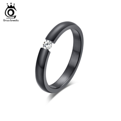 Кольцо из нержавеющей стали, с кристаллом