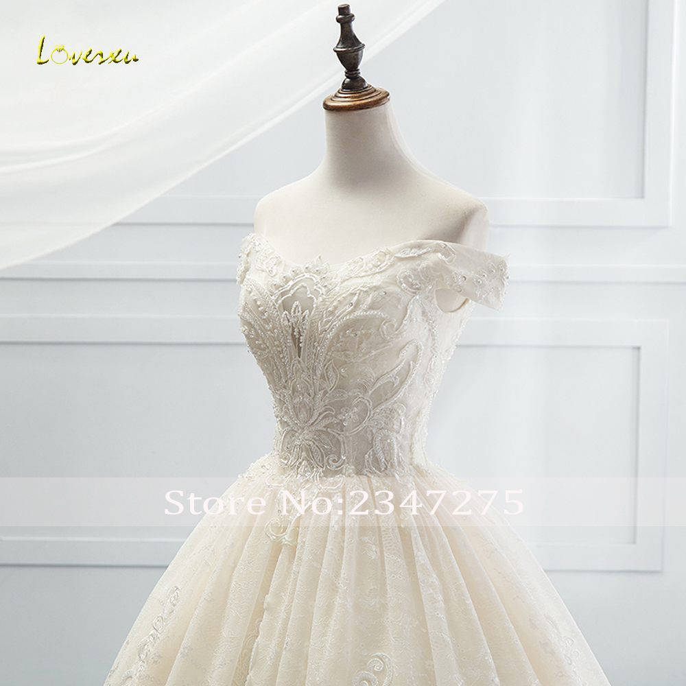 Loverxu Boat Neck Lace Vintage Ball Gown Wedding Dress 2021 Royal Train Appliques Beaded Princess Bridal Gown Vestido De Noiva