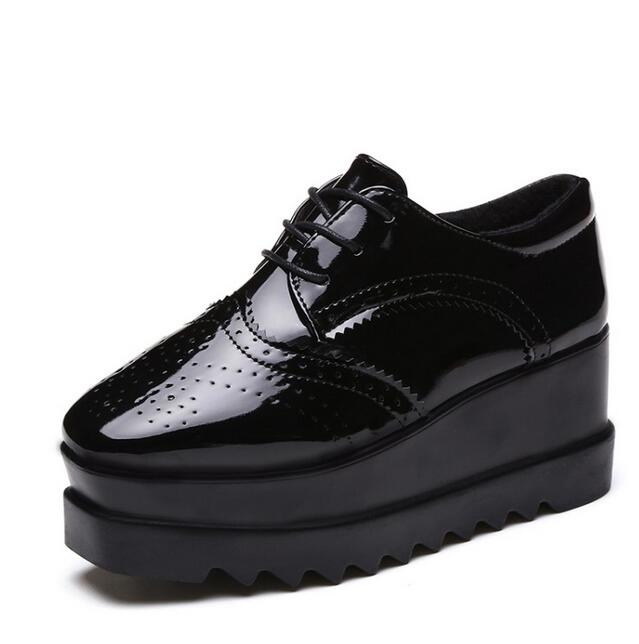 Oxford Women shoes 2017 Patent Leather Flats Round Toe Casual Shoes Woman Comfortable Creepers Platform shoes F839<br><br>Aliexpress