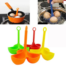 Hot sale 3 Egg Holder Boiler Cooking Egg Boiler Egg Cooker Holder Poacher Dipper Boiler Cozinha Silicone Cooking Tools