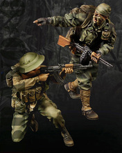 Free Shipping 1/35 Scale Unpainted Resin Figure Modern Vietnam war US soldiers 2 figures collection figure