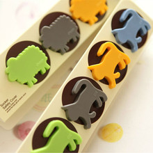 16pcs/lot Cartoon Animals Baby Infant Child Socket Protective Cover Protective Plastic Lock Safe Outlet 2 Plug Safety Cover