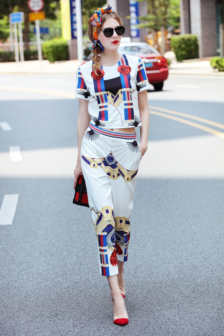 High Quality 17 Designer Runway Suit Set Women's Two Piece Casual Tops + Fashion Print Mid Calf Pants Set suit Free DHL Aramex 5