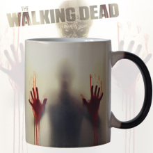 Newest Design Zombie Color Changing Coffee Mug Heat Senstive Magic Tea cup Mugs Walking Dead Bloody hands gift(China)