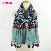 2017 hot sale spring flower women shawl comfortable touched fabric beautiful printed design hijab scarf tassel scarf and shawl(China)