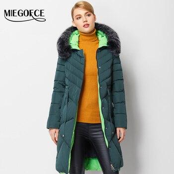Miegofce 2016 nueva colección de invierno invierno de las mujeres chaqueta abajo capa caliente Parque de la Mujer Abrigo de Invierno con Capucha de alta Calidad y de Piel de Zorro