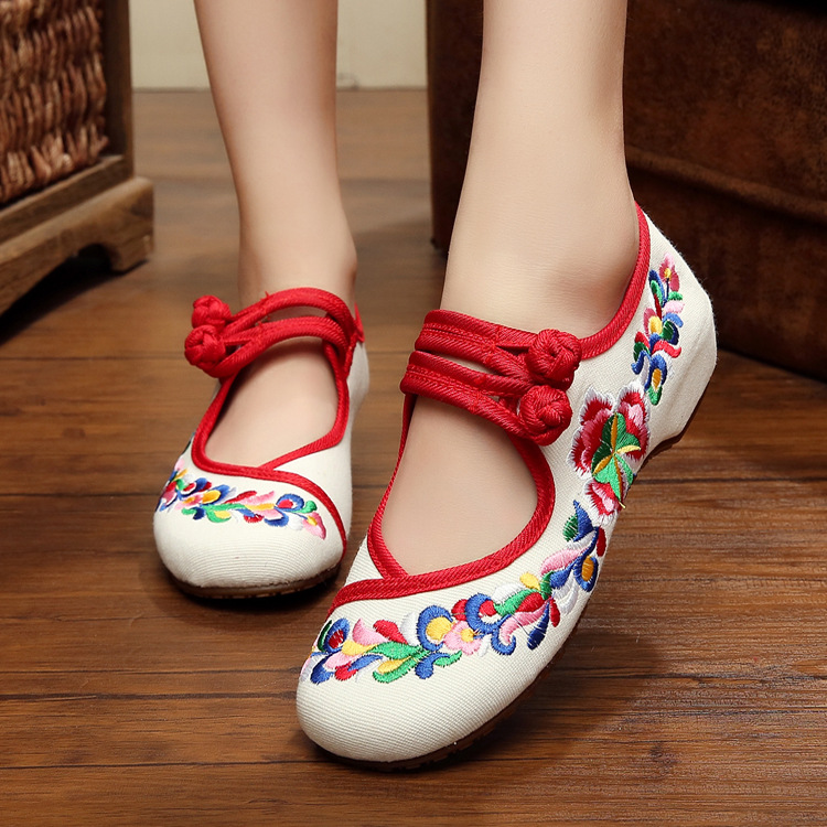 Ballerinas Dance Shoes Women Autumn 2017 Chinese Embroidery Shoes Flats Strap Old Beijing Canvas Shoes Mary Janes Spring Boots<br><br>Aliexpress