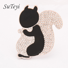 SUTEYI Lovely Animal Brooch Little squirrel Brooch Alloy Imitation Zircon Studded Winnie Brooches Christmas Gift For Children(China)