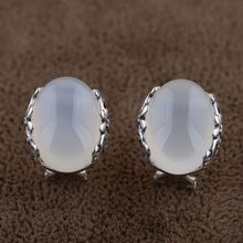 Natural white chalcedony Earring 925 Silver Women Vintage Classic S925 Thai Sterling Silver boucle d'oreille Stud Earrings