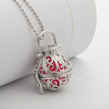Glow In the Dark Bead Leaf Locket  Necklace Hollow Leaf Pattern(1 Necklace+3 Luminous Beads)