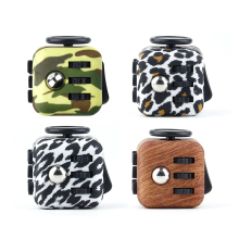 3.3cm Camouflage Mini Fidget Cube 2 Wood Grain FidgetCube Desk Finger Toy Squeeze Fun Stress Reliever Puzzle Magic Cube With Box