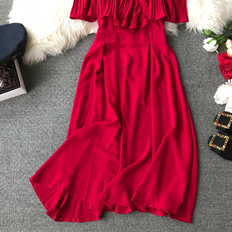2019 Spring Women Chiffon Pleated Braces Sling Spaghetti Strap Goffer Long Dress Ladies Ruffles Empire Drapped Swing Slip Dress 179