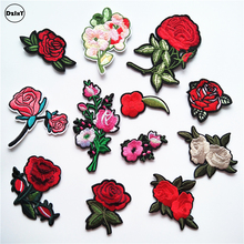 1 PCS Rose Flowers parches Embroidered Iron on Patches for Clothing DIY Motif Stripes Clothes Stickers Custom Badges @F(China)