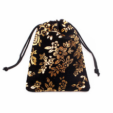"10pcs 9x12cm (3.54""x4.72"") Drawstring Black with Flower Velvet Bags Pouches Jewelry Bags Christmas Valentines Gifts Bags"