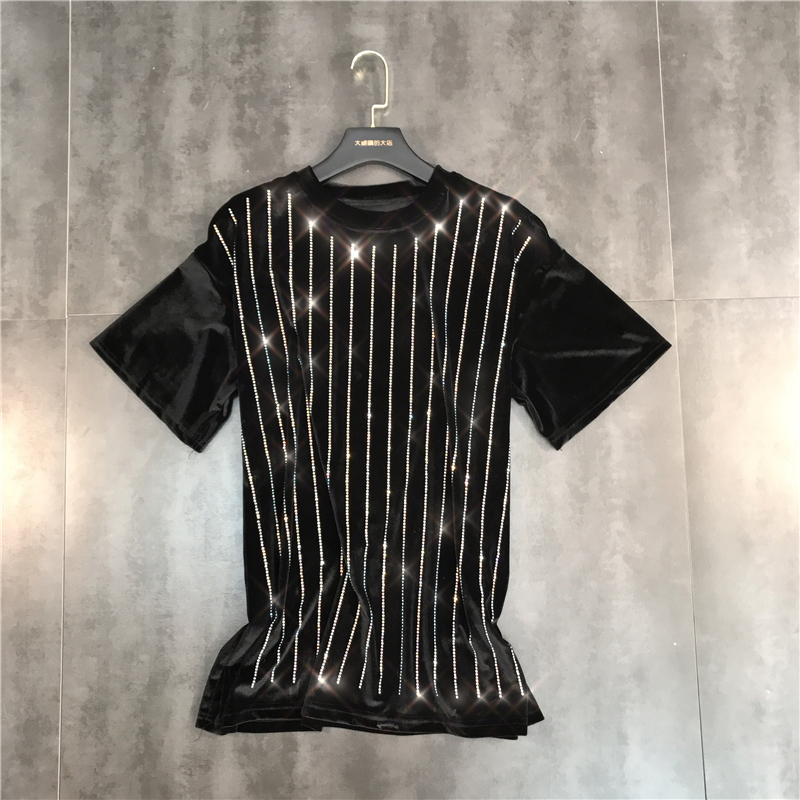New  style of net red spring 2019  fashion vertical iron drill shiny round collar gold velvet short sleeve T shirt trend