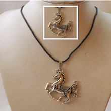 1 Strand/lots Fashion Unisex Retro Tibetan Silver Horse Pendant Long Chain Necklace Charm Gifts Jewelry 18 inch