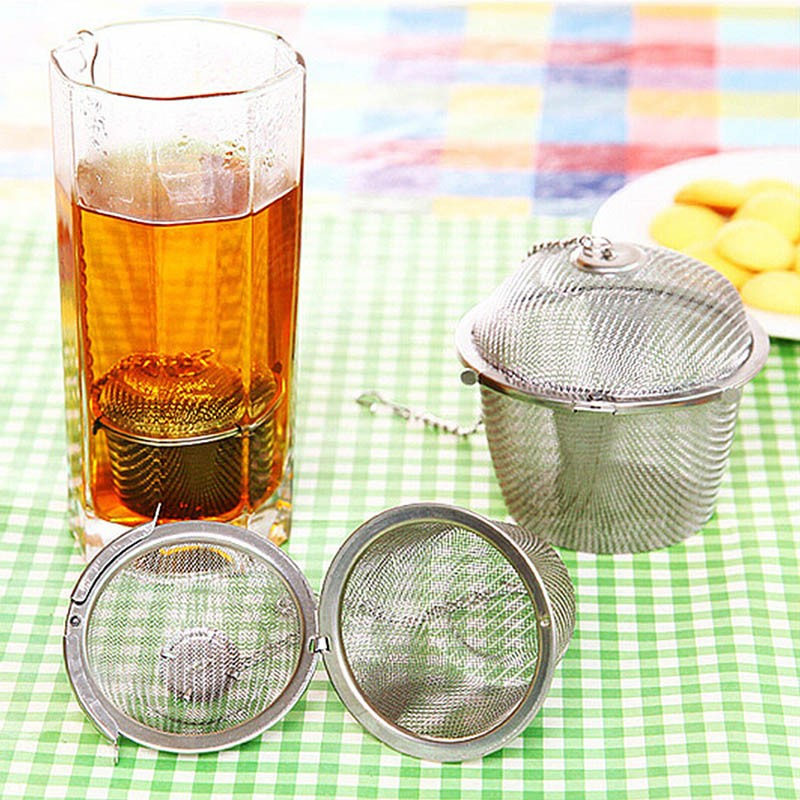 4-Size-Stainless-Steel-Tea-Locking-Spice-Egg-Shape-Ball-Mesh-Infuser-Tea-Strainer-With-2-Handles-Lid-KC1430 (5)