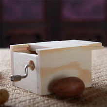 18 Tones Wooden Mini Swivel Hand-operated Type Music Box DIY Mechanical Hand Crank Craft Music Box Movement Gift for Elise