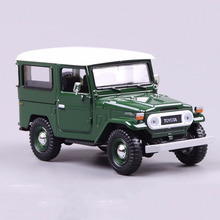 Green 1/24 Scale Diecast Alloy Car Model Toys Toyota FJ40 SUV Truck Model With  Openable Doors Model   For Children Gifts Collec