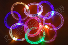 20pcs/lot Acrylic Led Glowing Bracelet Wristband Armbands Kid Events Birthday Wedding Party Take-home Favors Supplies